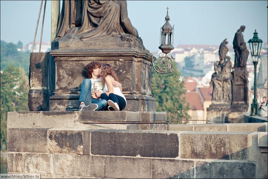 Главная достопримечательность Праги - Карлов мост
