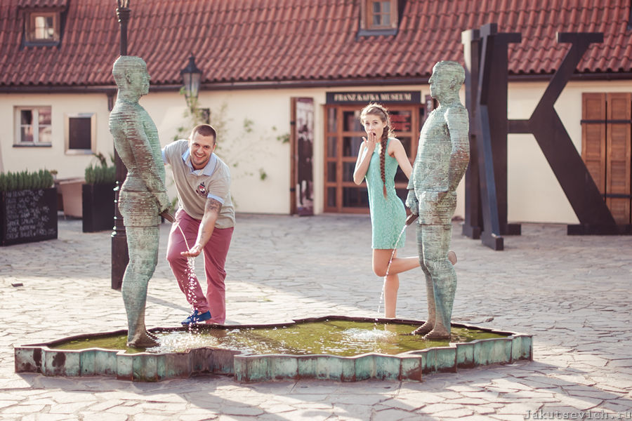 Музей Франца Кафки в Праге - красивая фотосессия