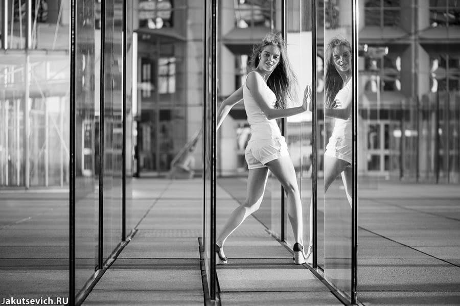 Фотосессия в Париже ля Дефенс фотограф Артур Якуцевич