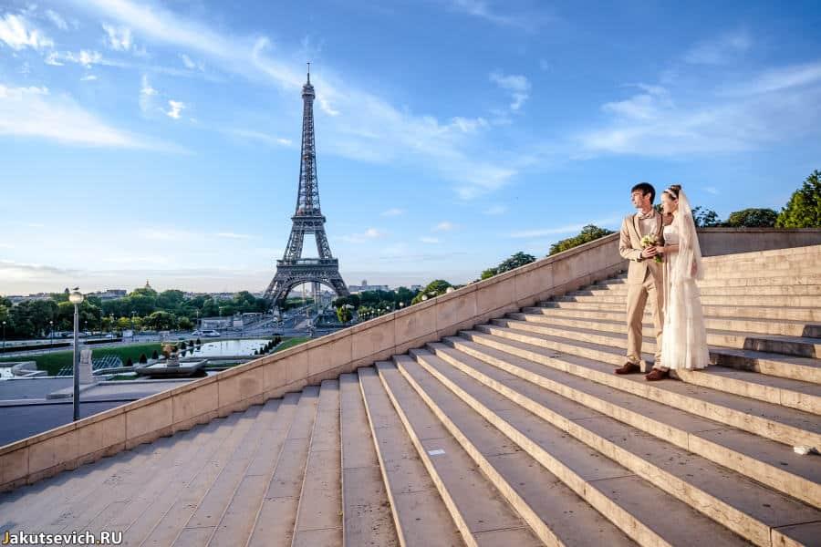 Свадебная фотосессия на рассвете в Париже