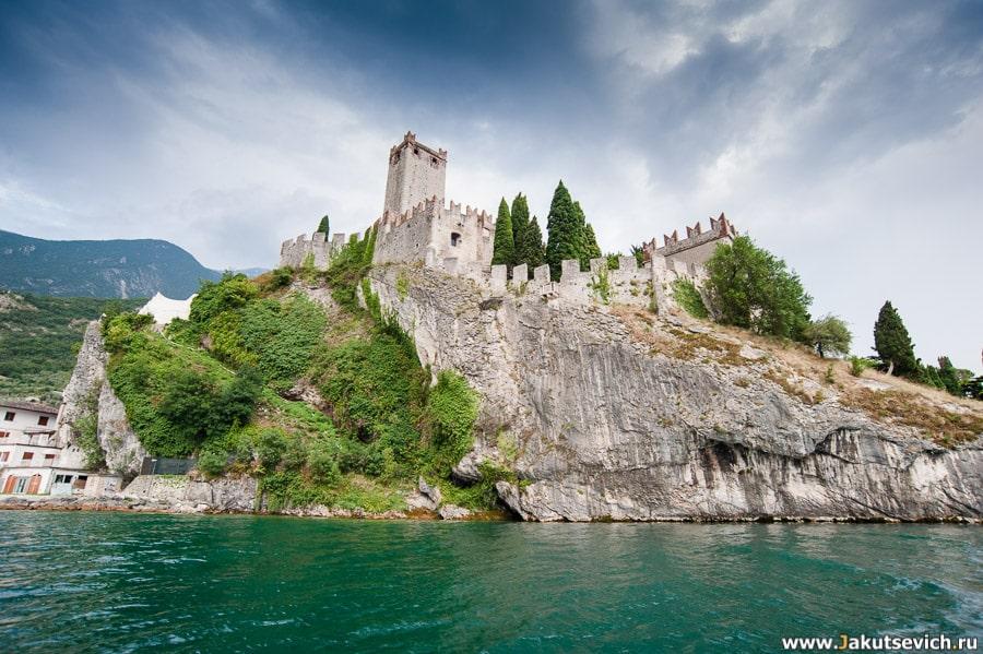 Крепость озеро Гарда
