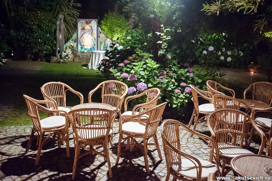 Свадебный ужин в саду