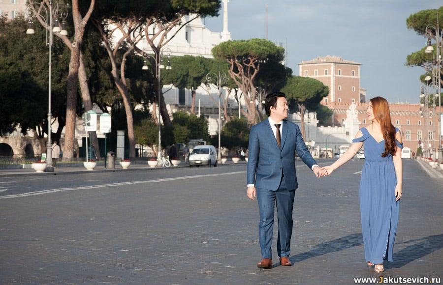 Свадебная фотосессия возле императорских форумов в Риме