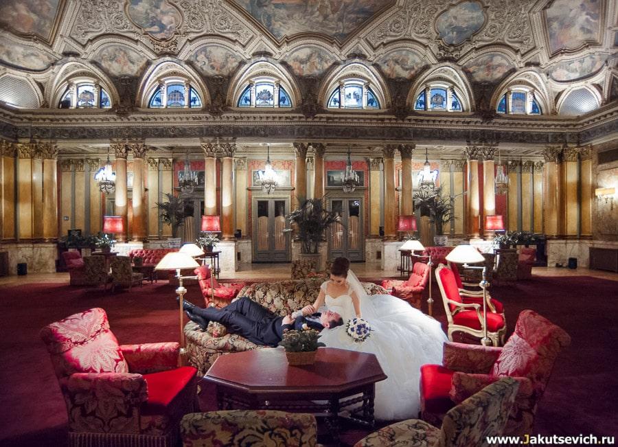 отель Grand Hotel Plaza в Риме свадебная фотосессия