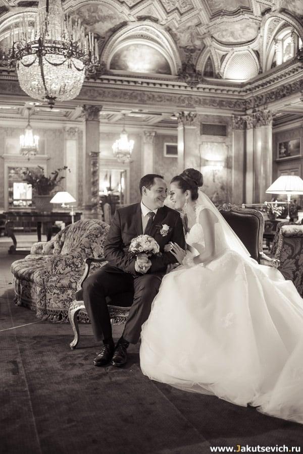 свадебная фотосессия в отеле Grand Hotel Plaza в Риме