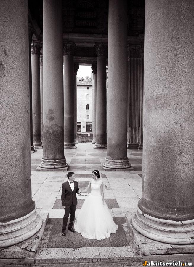 свадебная фотосессия в римском Пантеоне