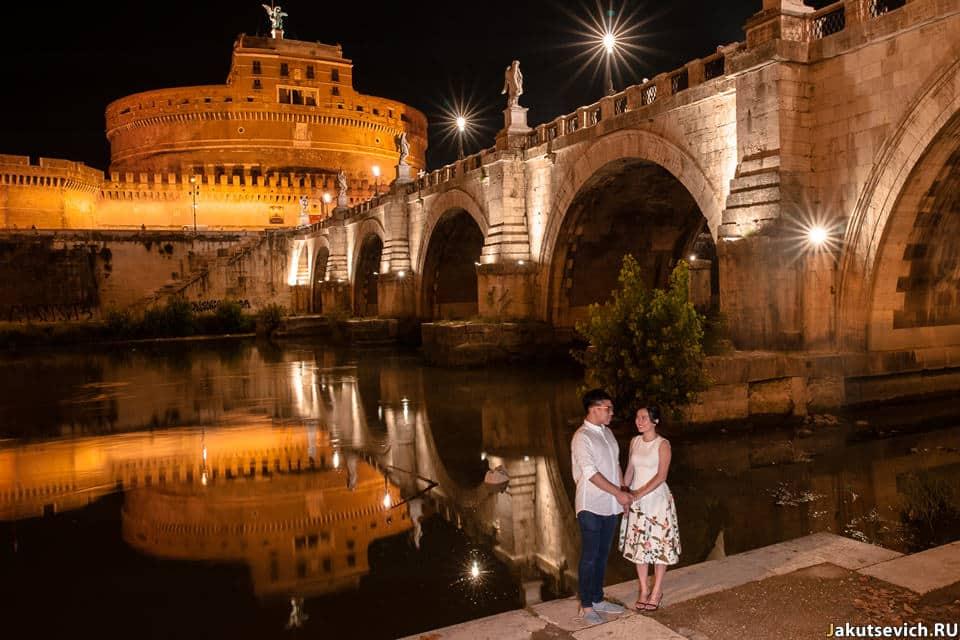 Замок Святого Ангела в Риме ночью
