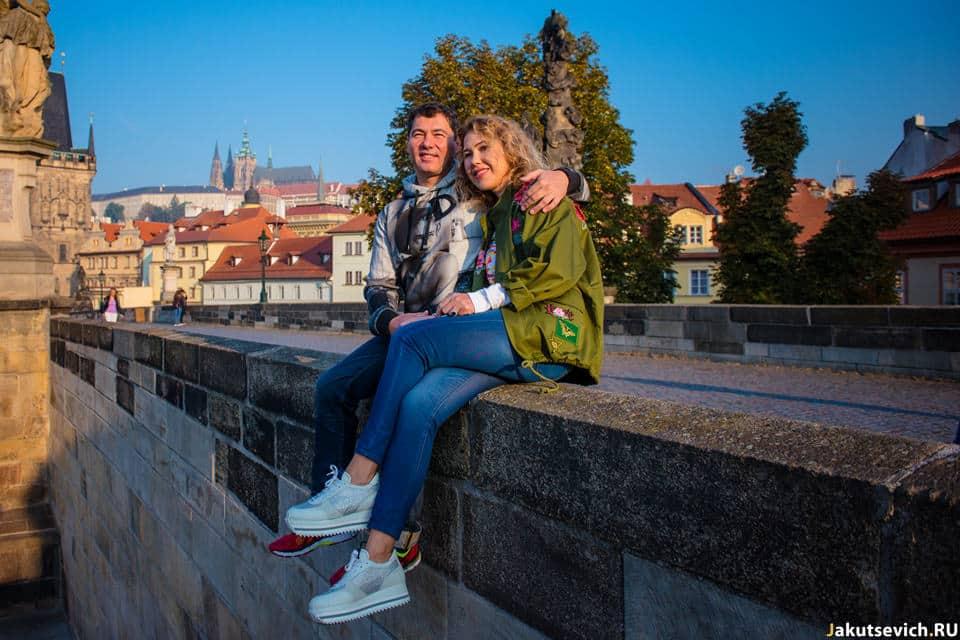 Карлов Мост в Праге без людей