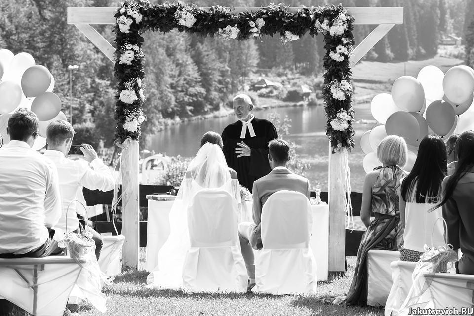 Свадебная церемония в горах