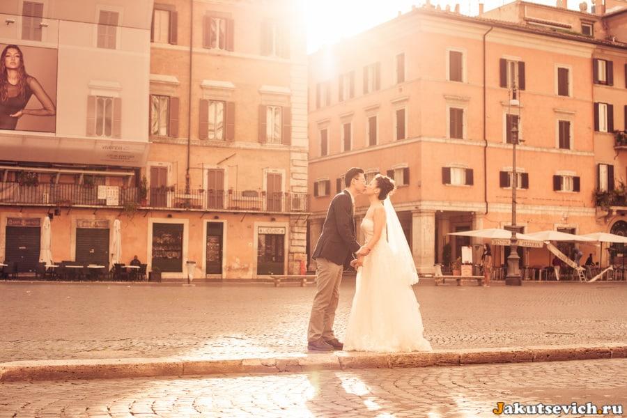 Свадебная фотосессия на площади Навона в Риме