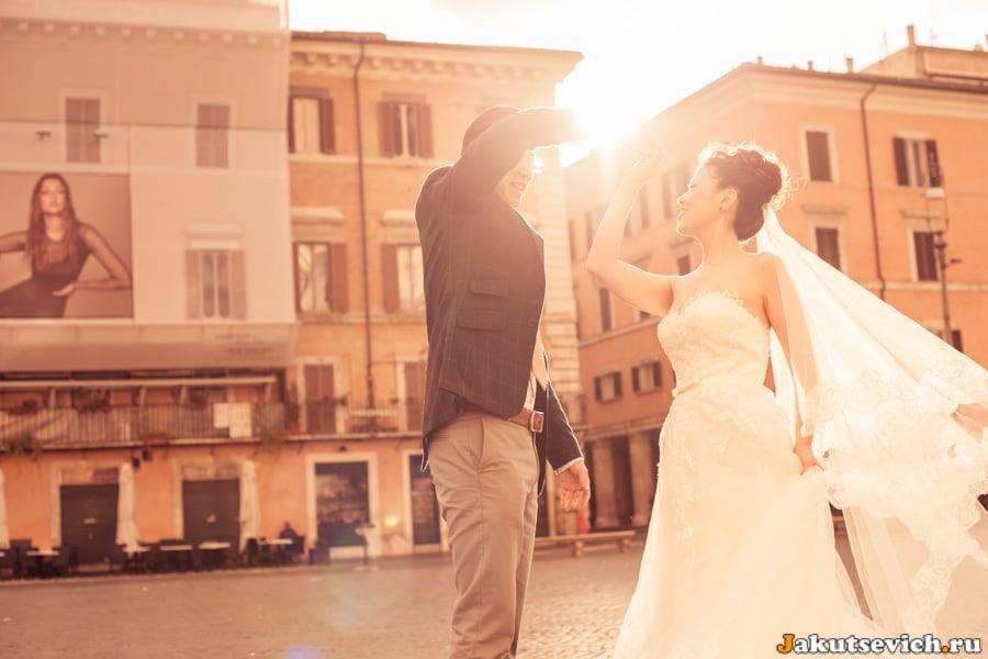 Свадебный танец на площади Навона