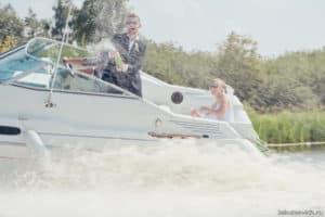 свадьба в Бресте на катере река Муховец