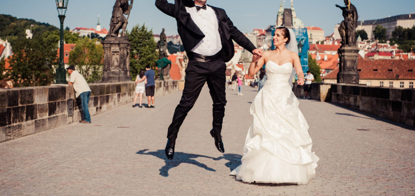 карлов мост красивое свадебное фото