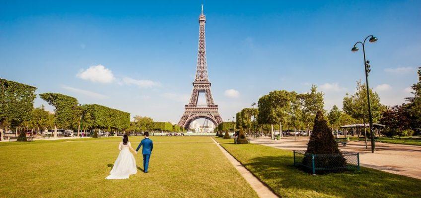 достопримечательность Парижа эйфелева башня