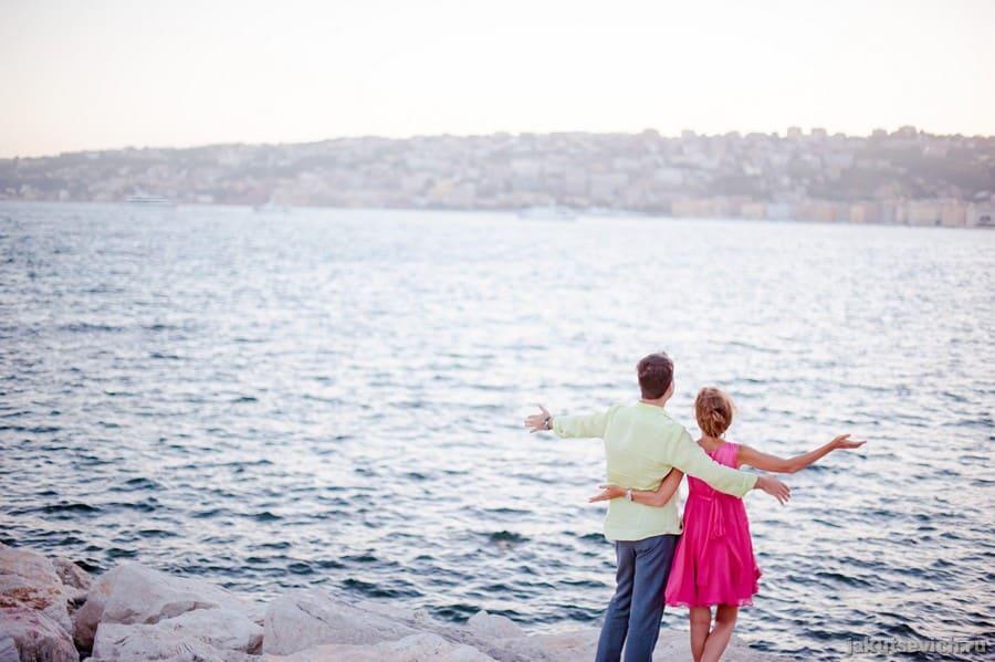 Влюбленные и море