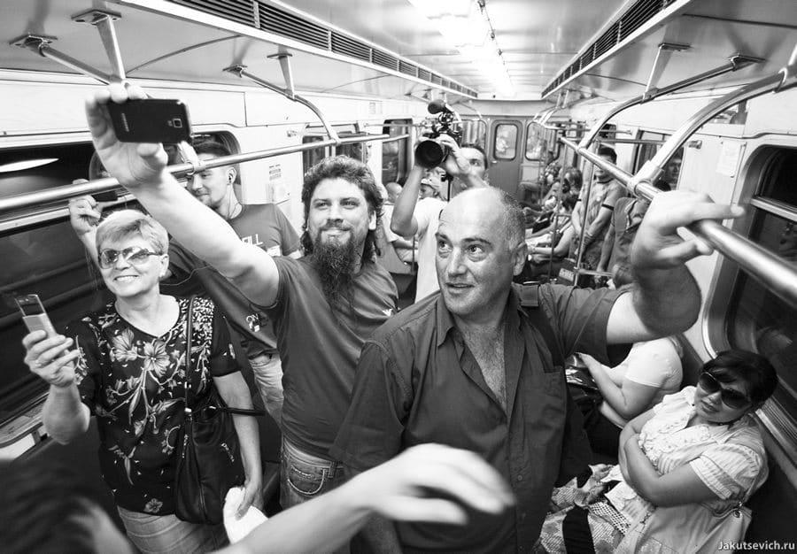 Свадьба в московском метро Ланы и Булата