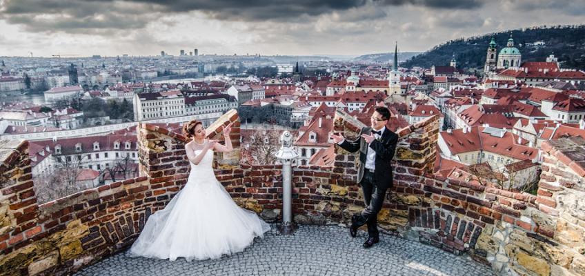 Свадебная фотосессия в Праге в апреле для Анжелы и Лин