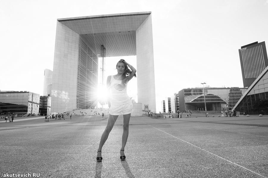 Большая арка Ля Дефенс - фотосессия в Париже