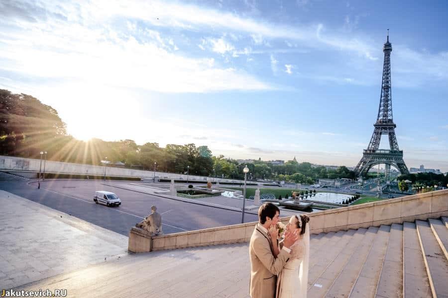 Свадебная фотосессия в Париже - восход солнца