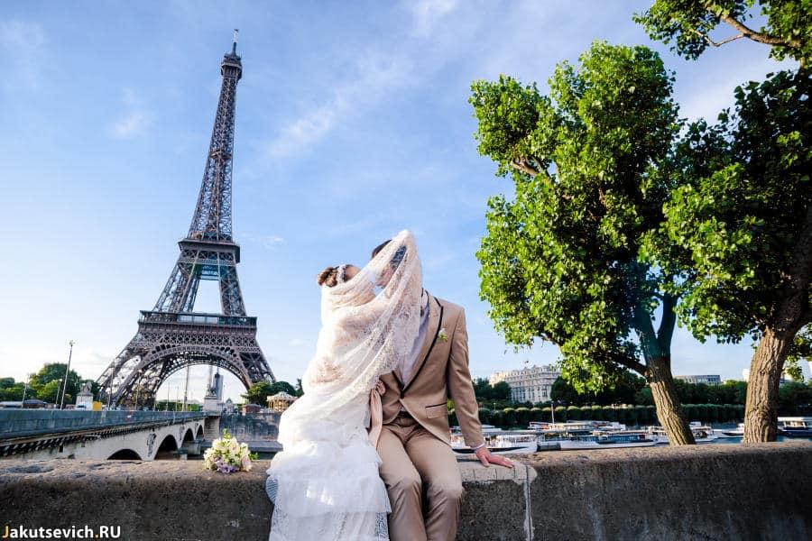 Свадебное путешествие в Париж - фотосессия