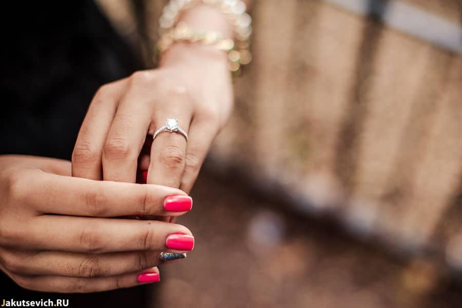 Помолвка в Риме - обручальное кольцо