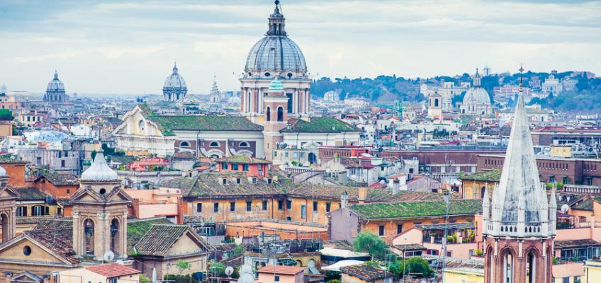 Love story фотосессия в Риме в январе для Елены и Романа