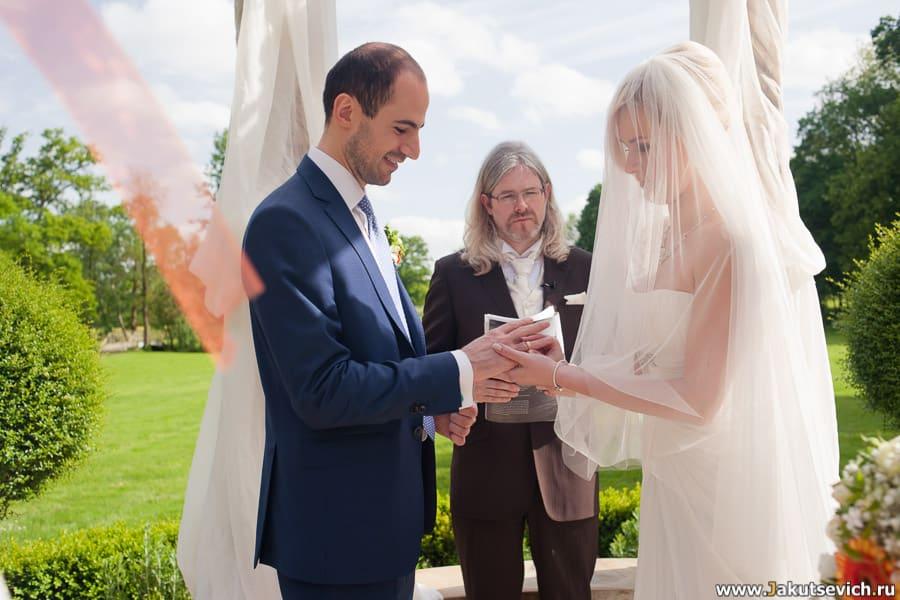Символическая свадьба во Франции