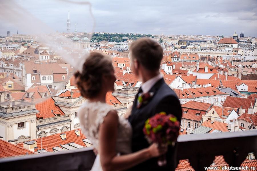 Красные крыши Чехия