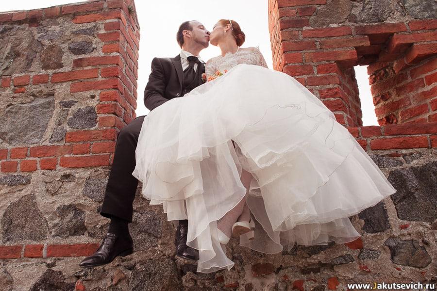 интересный ракурс для свадебной съемки