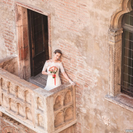 Свадебная фотосессия в доме Джульетты в Вероне для Лины и Антона