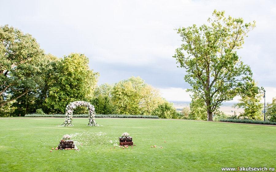 арка для проведения свадебной церемонии