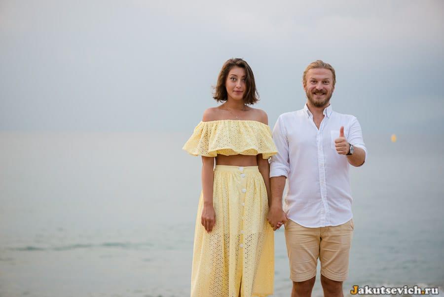фотосессия для влюбленных на набережной в Салоу