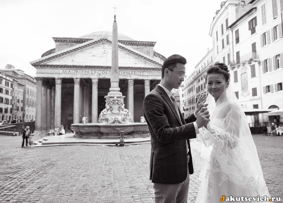 Свадебная фотосессия у Пантеона в Риме